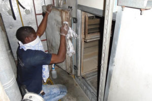 ac duct cleaning 1
